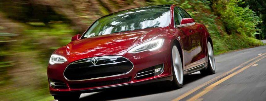 Tesla beveiligen tegen diefstal verzekeraar